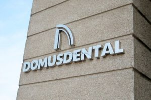 Pide cita en Domus Dental para saber si necesitas empaste