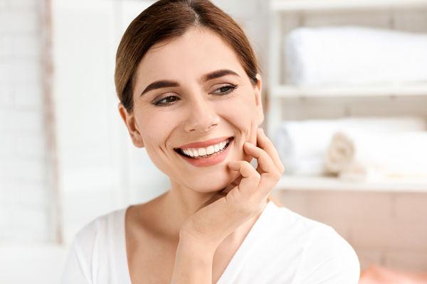 Domus Dental A Coruña es tu clínica especialista en poner un implante dental sin dolor